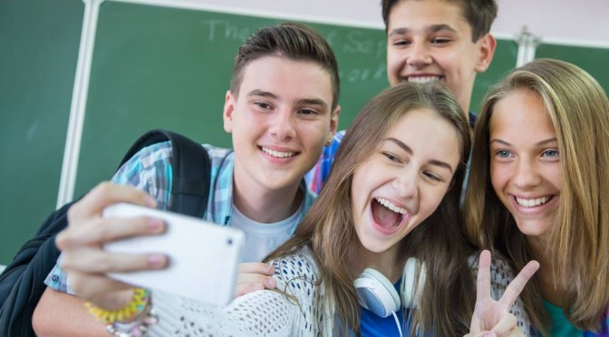 Подростковый бунт: 10 правил для родителей.