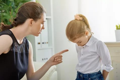 Как правильно критиковать и хвалить детей