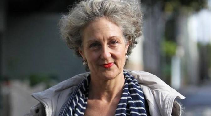 Грустная истина писательницы Элизабет Фаррелли: «Мы не научили детей быть счастливыми»